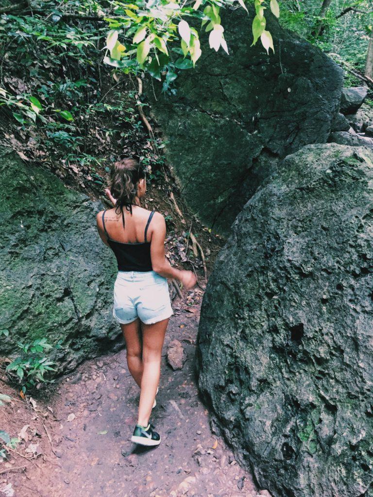 trekking nel parco erawan